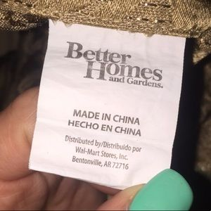 Better Homes And Gardens Accents - Gold curtain